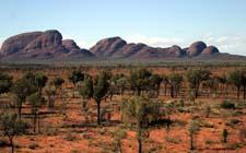 Australska pustinja i planina Olga (foto: Australian Bureau of Statistics)