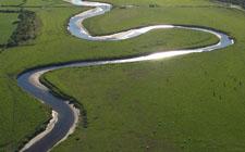 Meandri rijeke (foto: Simon Ledingham)
