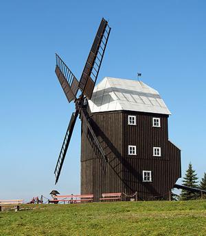 Moderna vjetrenjača u Njemačkoj (foto: Wikimedia Commons)